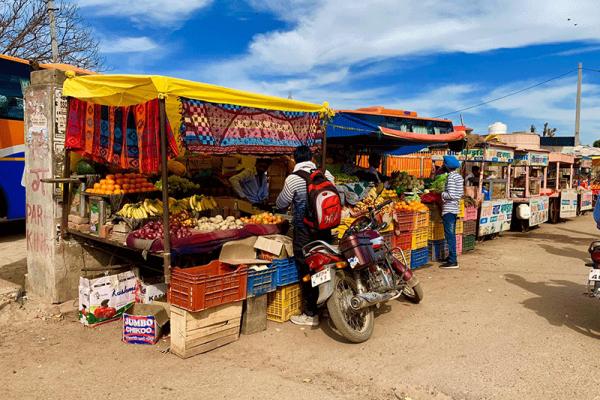 I-banchetti-del-mercato-in-India-05