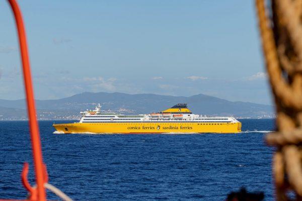 corsica-e-sardinia-ferries-traghetti-per-la-sardegna-4
