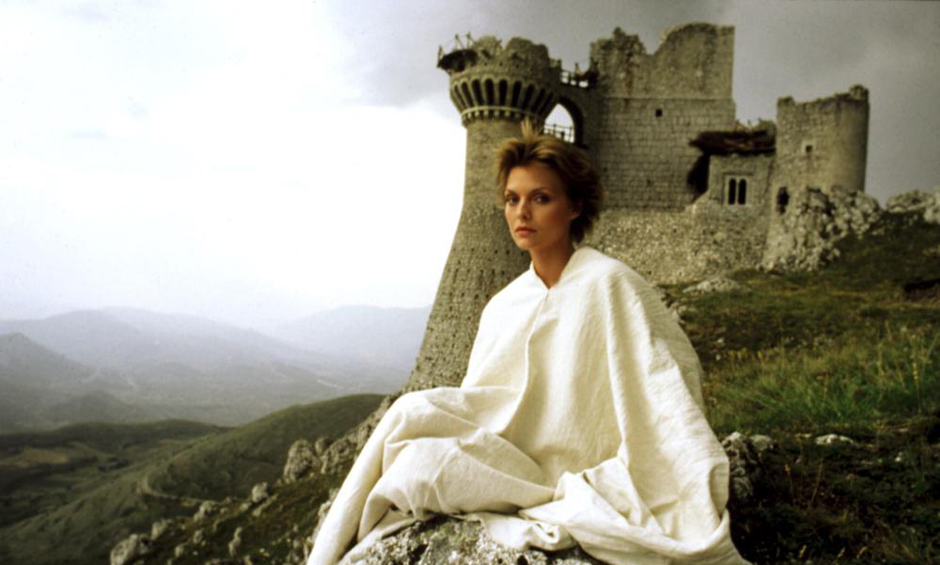 Michelle-Pfeiffer-nel-film-girato-oltre- 30-anni-fa-a-Calascio