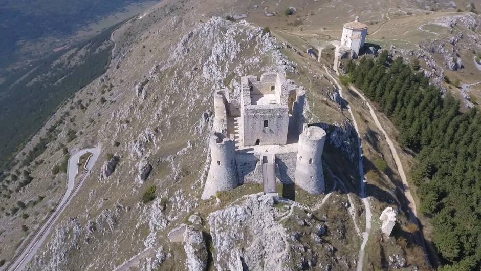 rocca-calascio-in-provincia-de-l'Aquila-25